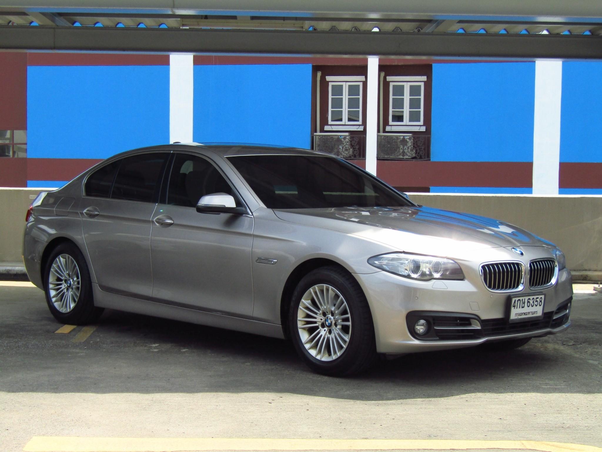 BMW 520D  (128,xxx) LCI