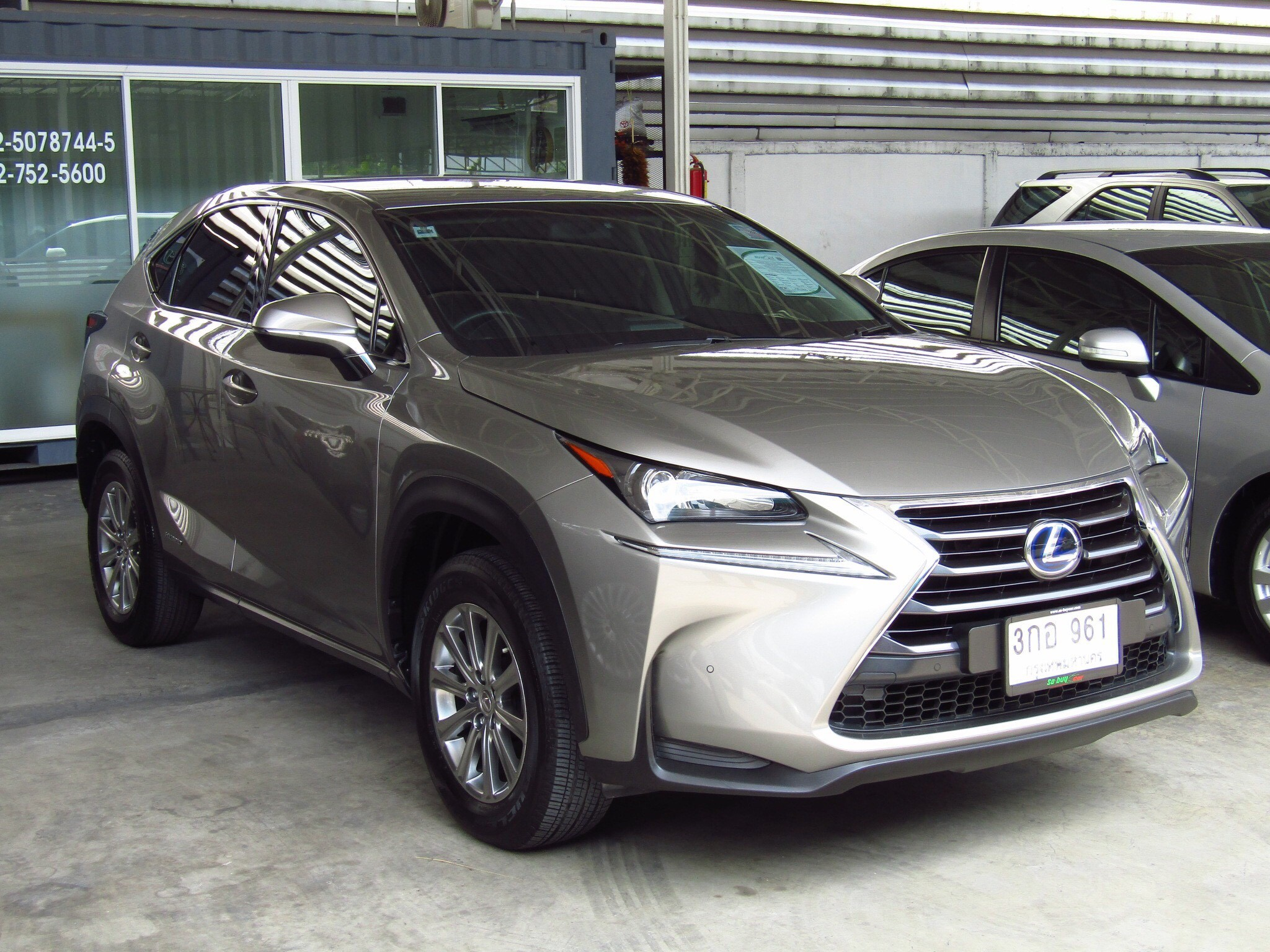LEXUS NX 300h (91,xxx) LUXURY 2WD SUV AT