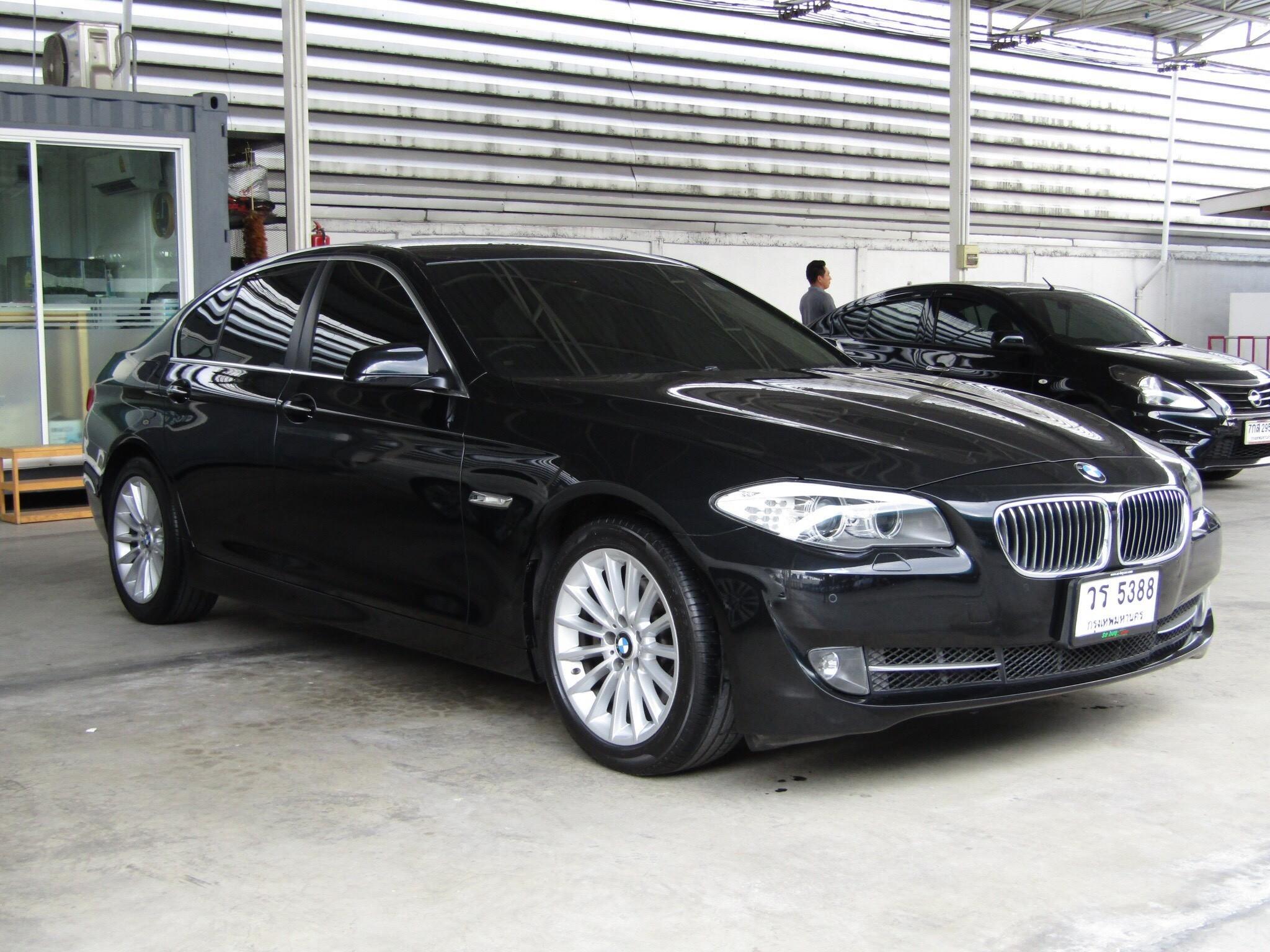 BMW 528i A (F10)