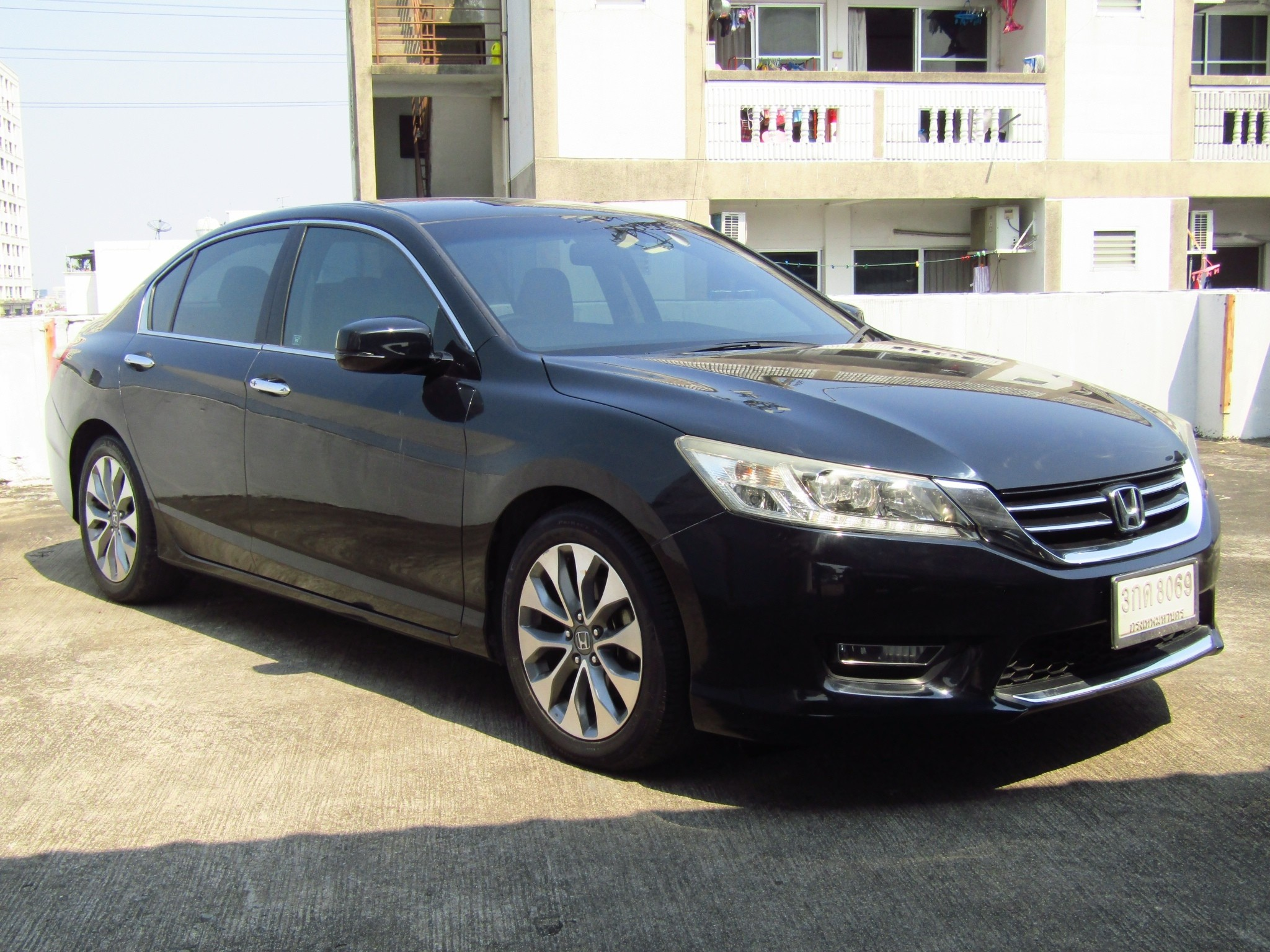 HONDA ACCORD (140,xxx) 2.4 EL I-VTEC SEDAN AT (ผ่อน 11,880 บาท / 60 งวด)