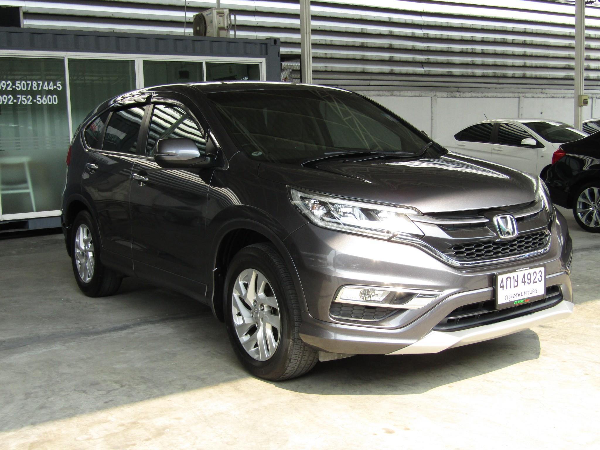 honda CR-V (107,xxx) 2.0 E 4WD AT Sedan