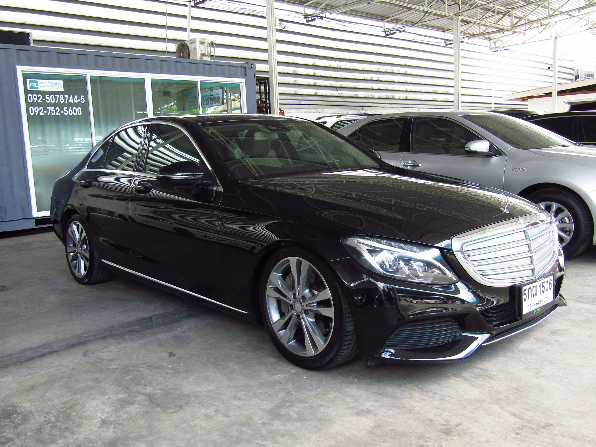 Mercedes-Benz C350 e  (110,xxx) Plug-in Hybrid Excusive  (ผ่อน 24,530บาท*60เดือน)