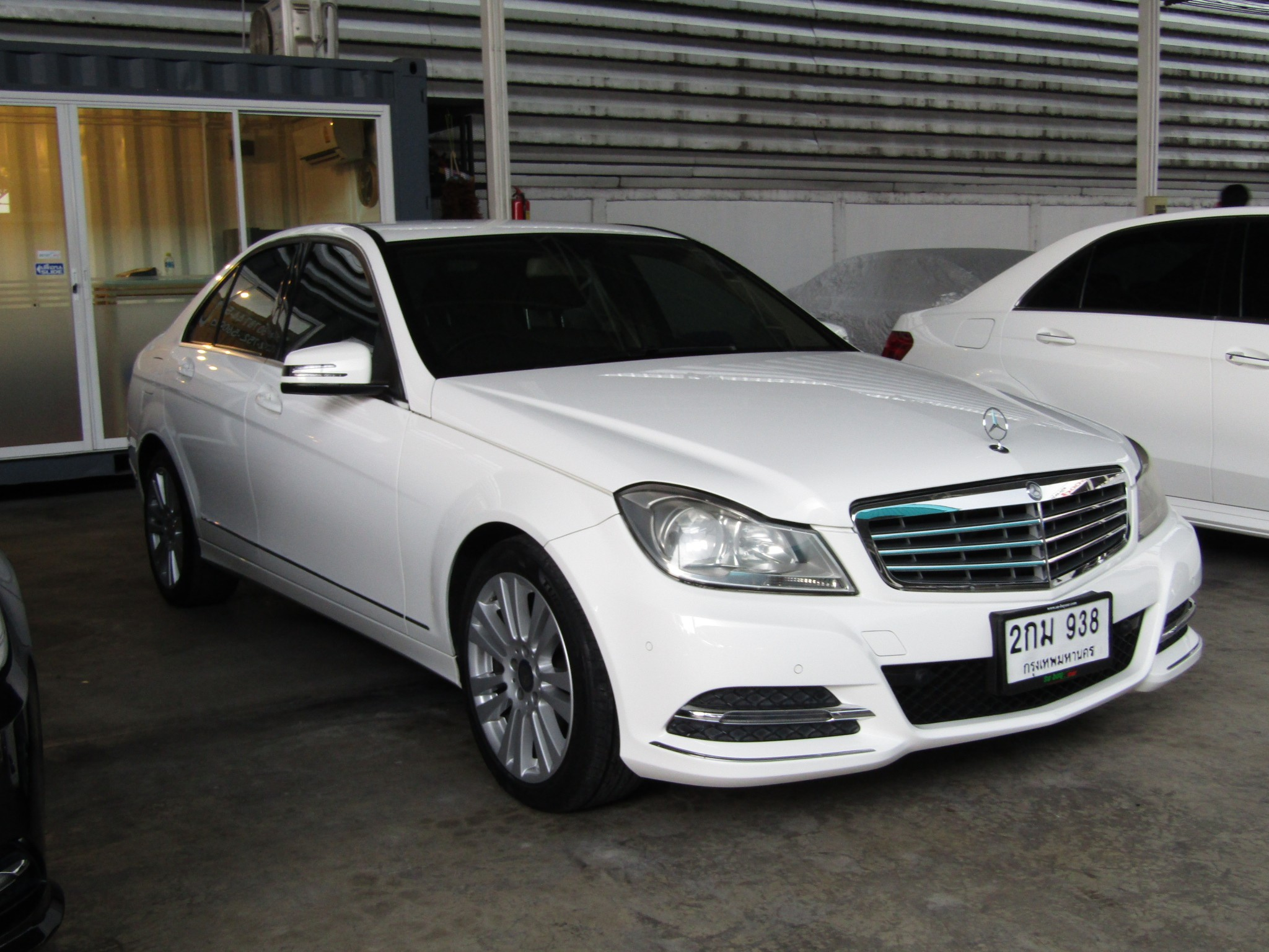 Mercedes-Benz C220 (137,xxx) CDI Executive W204 Elegance Sedan AT