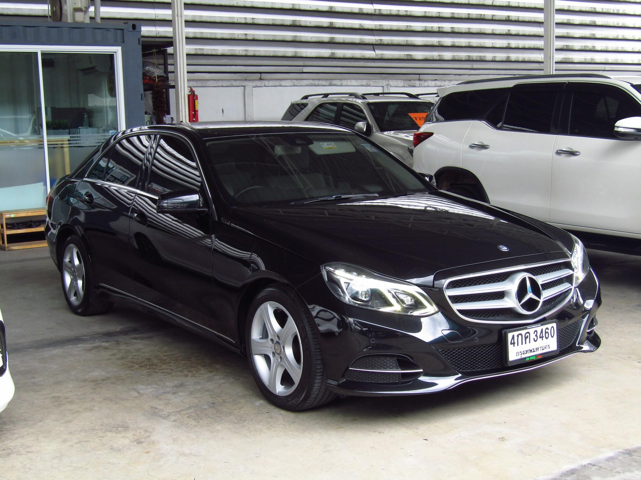 Mercedes-Benz (124,xxx) E200 AVANTGARDE FACELIFT (CKD) AT Sedan (ผ่อน 33,580บาท*48เดือน)