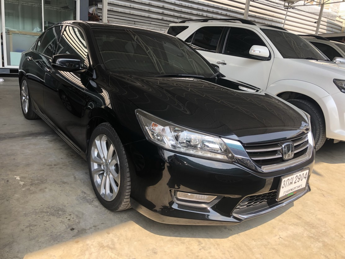 Honda Accord 2.4 (73,xxx) TECH AT Sedan