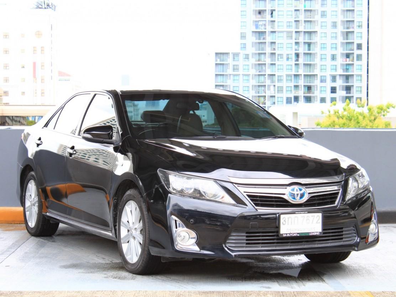 Toyota Camry 2.5 (116,xxx) Hybrid Sedan AT
