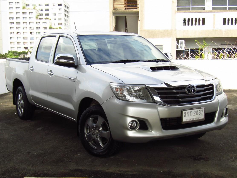 Toyota Hilux Vigo (63,xxx)  DOUBLECAB 2.5G VNT MET (ผ่อน  6,490บาท*60เดือน)