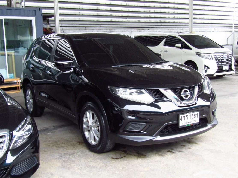 Nissan X-trail (87,xxx) 2.0 S 2WD AT SUV  (ผ่อน 14,569 บาท 48เดือน)