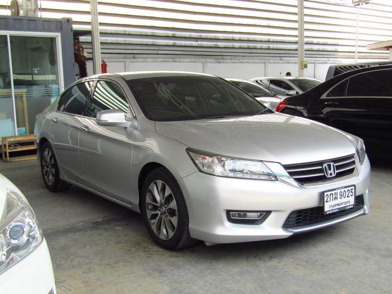 Honda Accord (112,xxx) EL  2.4 AT Sedan (ผ่อน 16,559 บาท*48เดือน)