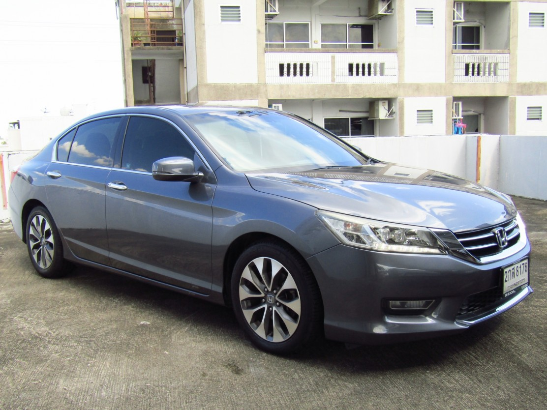 Honda Accord (147,xxx) EL 2.4 AT Sedan