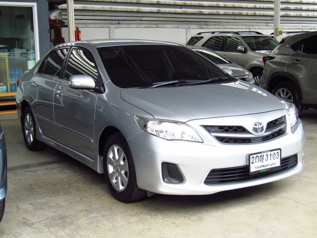Toyota Corolla Altis  (86,xxx) E 1.8 AT Sedan
