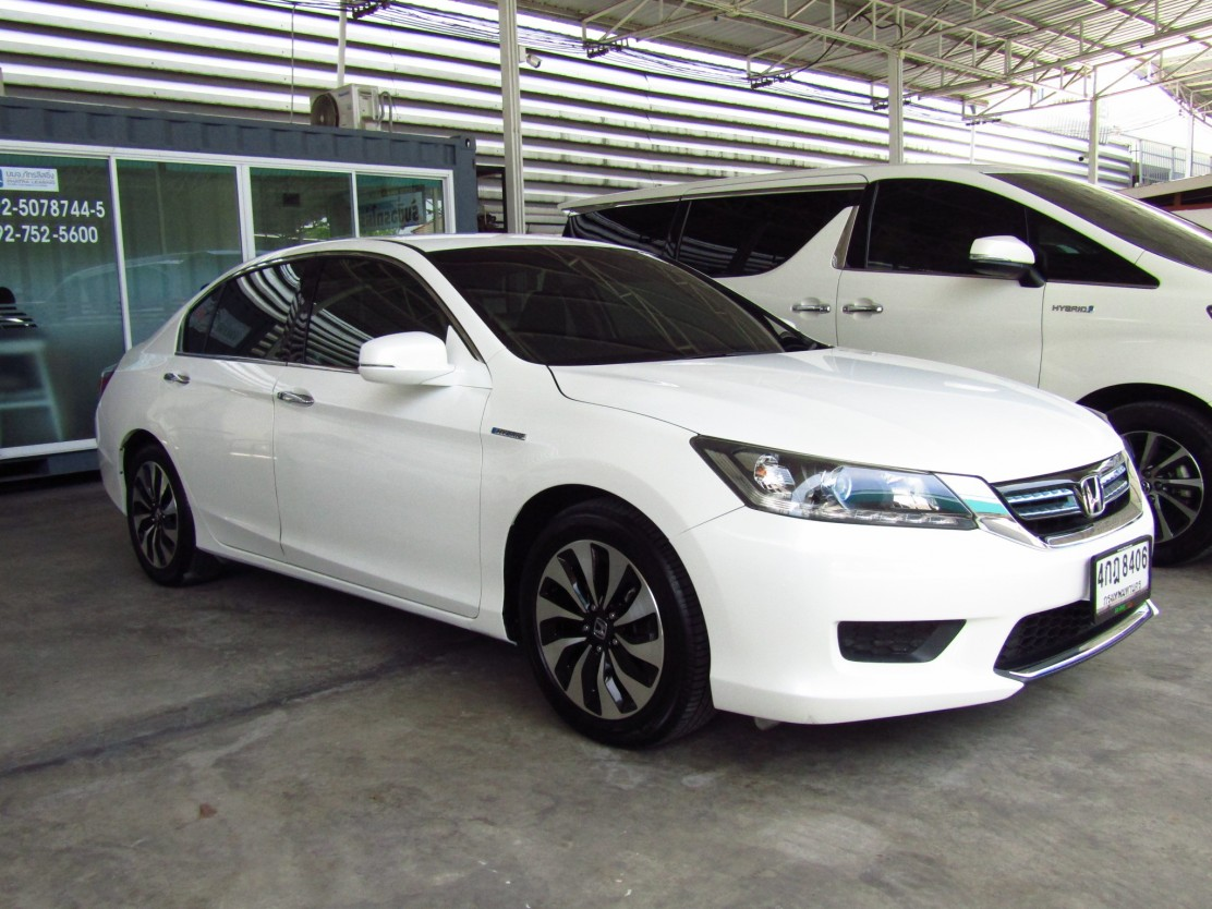 Honda Accord 2.0 (104,xxx) Hybrid (WOR) AT  Sedan