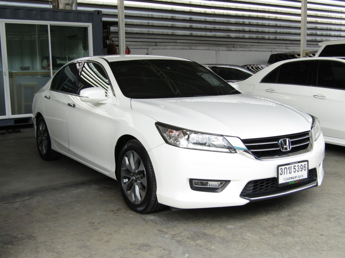 Honda Accord (104,xxx) EL 2.4 Navi (WOR) AT Sedan