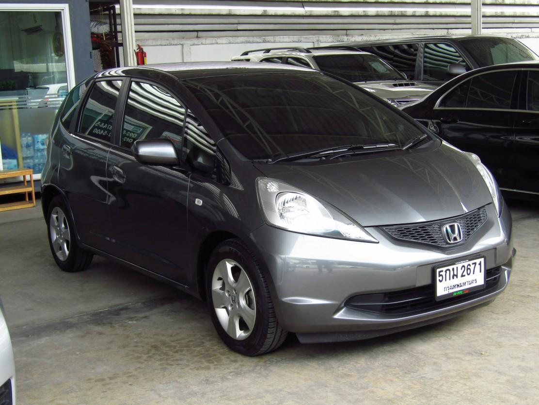 Honda Jazz 1.5 (49,xxx) V AT Sedan (ผ่อน 6,649บาท*48เดือน)