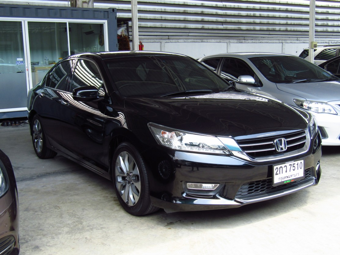 HONDA ACCORD (109,xxx) 2.4 EL AT Sedan