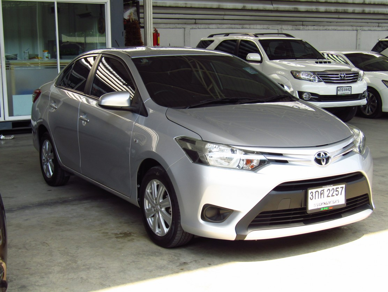 Toyota Vios 1.5 E (65,xxx)  AT Sedan