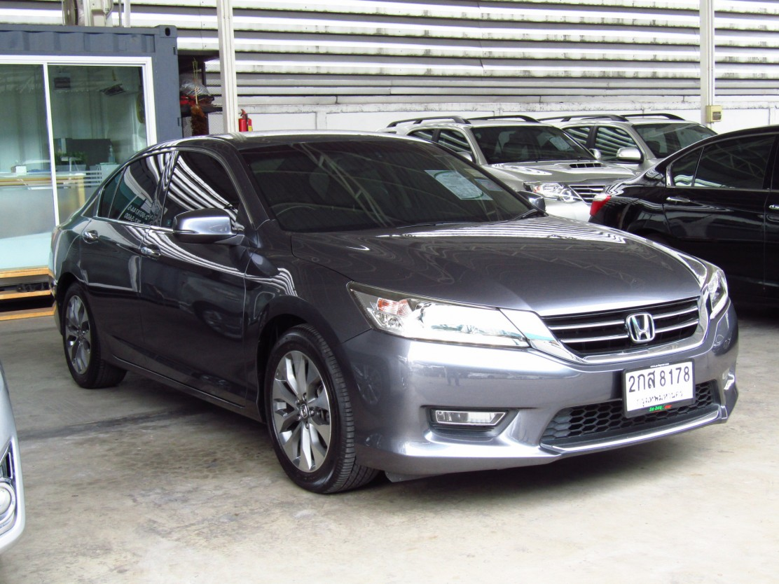 HONDA ACCORD (110,xxx) 2.4 EL NAVI AT Sedan