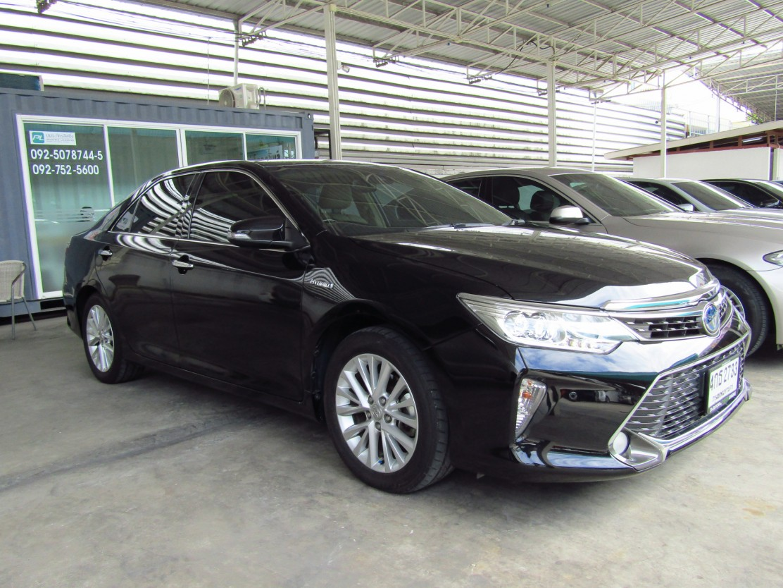 Toyota Camry 2.5 V (105,xxx)  Hybrid PREMIUM  Sedan AT   (ผ่อน 19,488บาท 48เดือน)