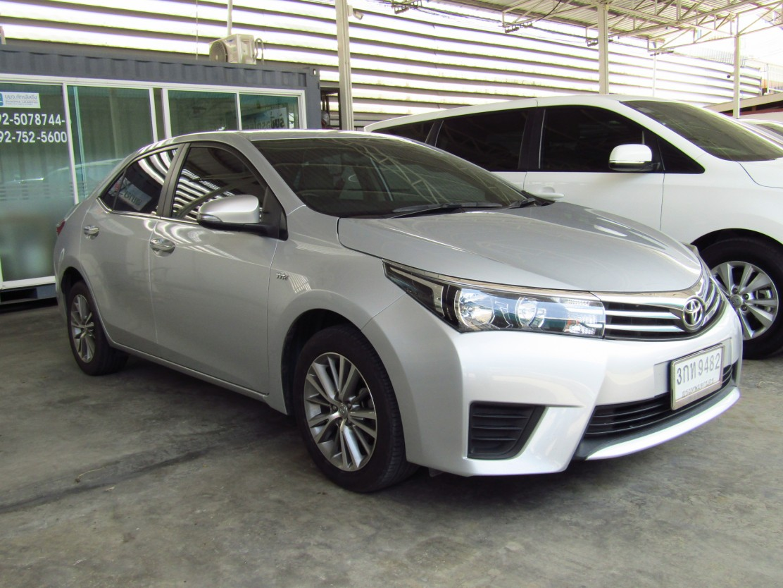 Toyota Corolla Altis  (70,xxx) G 1.6 AT Sedan