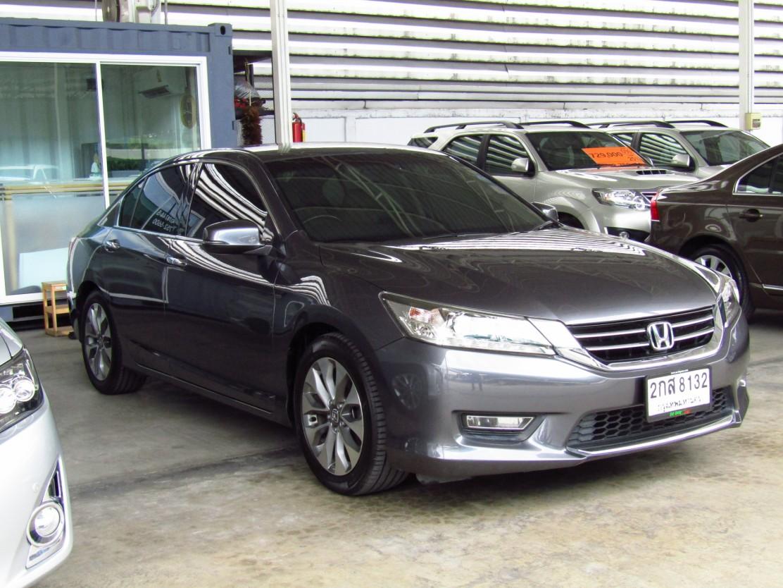 honda Accord (88,xxx) 2.4 EL NAVI AT Sedan