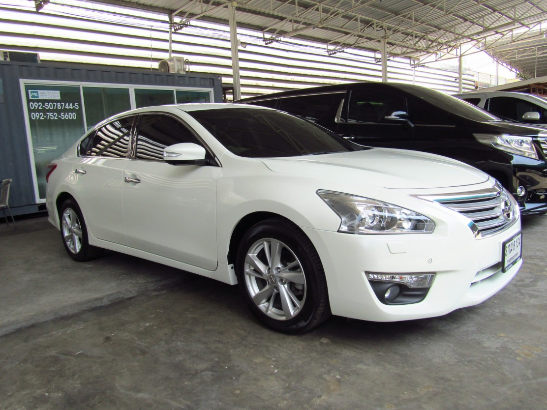 NISSAN ALL NEW TEANA (98,xxx)  2.5 XV Navi Sedan AT  (ผ่อน 15,725บาท*48เดือน)