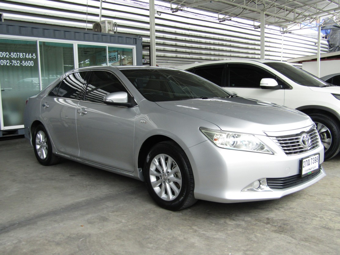 Toyota Camry 2.0 (118,xxx) G Sedan AT