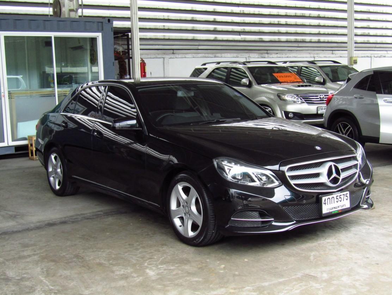 Mercedes-Benz (70,xxx) E200 AVANTGARDE FACELIFT (CKD)  AT Sedan